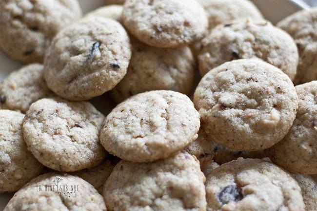 biscuiti cu alune si ciocolata de post vegan