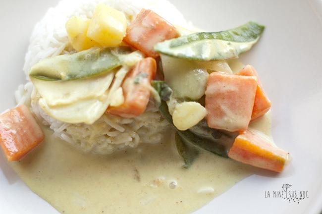 mancare thailandeza cu lapte de cocos vegan de post