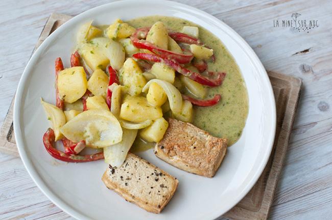 legume-cu-sos-de-curry-verde-si-tofu-copt