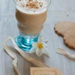 Lapte cu biscuiti sub forma de shake (vegan)