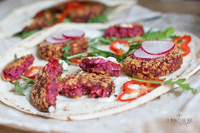 parjoale-vegane-quinoa-sfecla