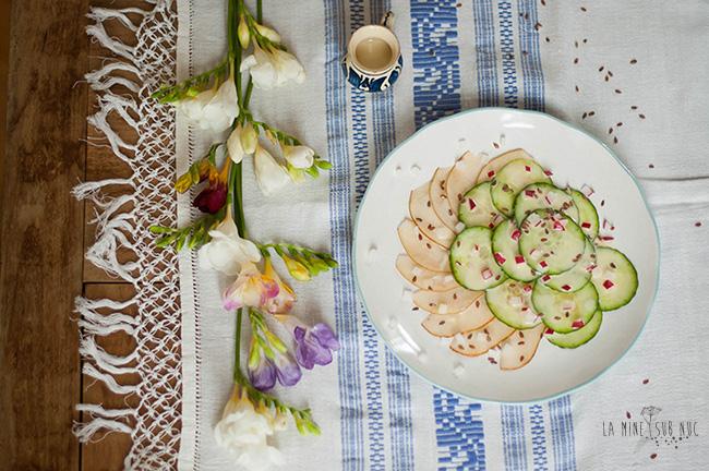 salata-pere-castravete-dressing-tahini