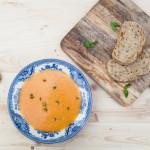 Supa mediteraneana de ardei (vegan)