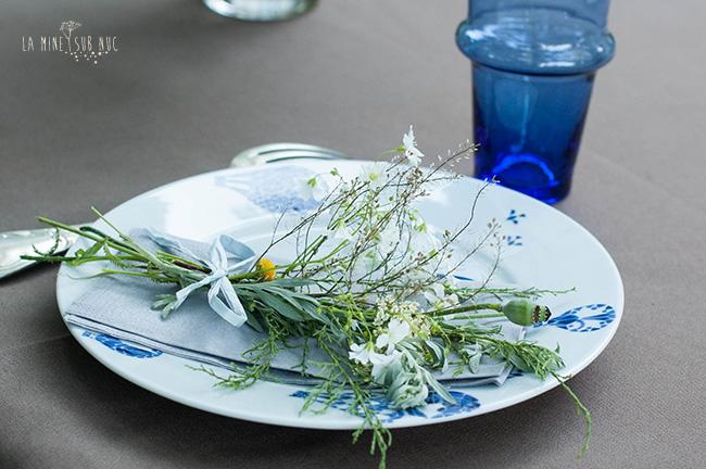 flori la masa buchet in farfurie