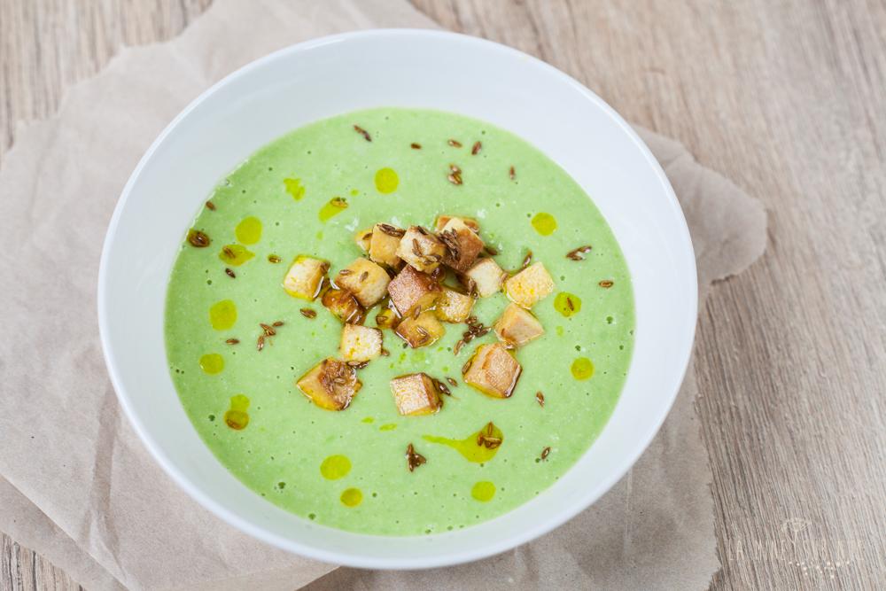 Supa crema cu topping de tofu prajit si chimion #vegan idei de topping