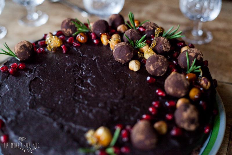 tort vegan ciocolata castane visine
