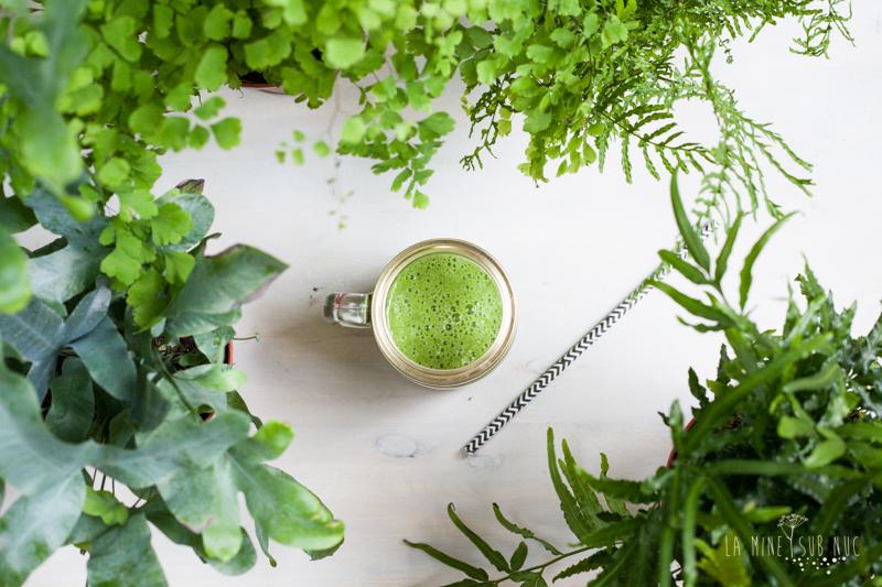 smoothie verde vegan reteta