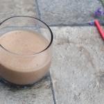 Milkshake de arahide si ciocolata (vegan)